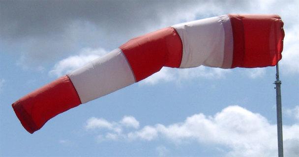 Uma biruta ao vento.