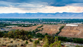 Vista panorâmica da cidade de Grand Junction, Colorado, nos EUA.