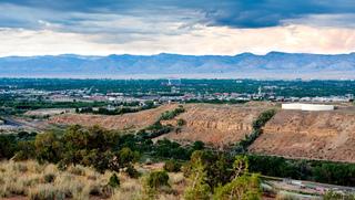 Vista panorâmica da cidade de Grand Junction, Colorado, nos EUA.